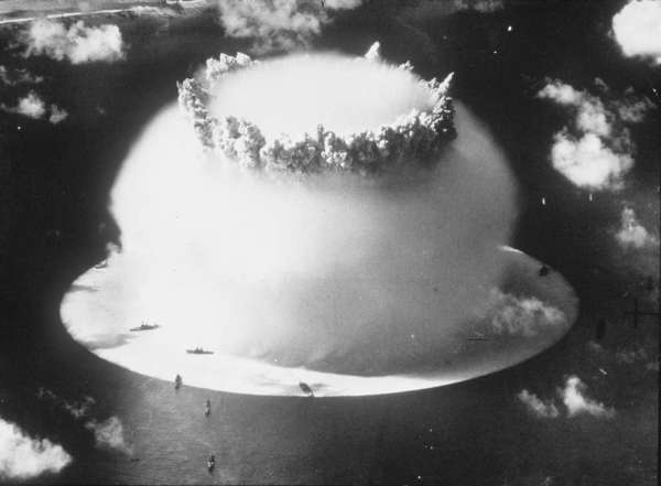 Oceans in the Nuclear Age: Testing